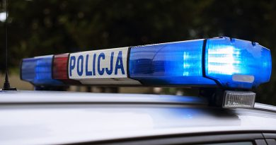 Wyjątkowa obława policji! Poszukują weterana i… groźnego zwierzęcia