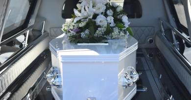 Wzruszające pożegnanie poległego policjanta [WIDEO]