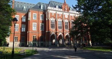 Alarm bombowy i ewakuacja w słynnej polskiej uczelni!