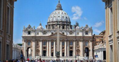 To nagranie wywołało poruszenie! Cudowny widok nad Rzymem? Sprawie ma przyglądać się Watykan [WIDEO]
